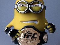 UFC Minion - Ok.I will NEVER understand the fascination with watching two grown men beat each other to a pulp but he likes UFC. Minion Rock, Cute Minions, Minions Despicable Me, Girl Minion, Evil Minions, Minion Banane, Minion Wallpaper Iphone, Batman Minion, Minion Characters