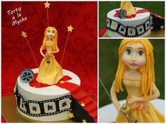 And the Oscar goes to... oscar award cake ... www.facebook.com/CakesByMyska