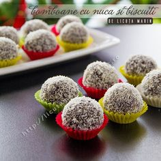 Candy with nuts and crackers recipes - Social Cooking Engine Romanian Desserts, Romanian Food, Romanian Recipes, Christmas Candy Crafts, Christmas Cookies, Cake Recipes, Dessert Recipes, Healthy Cook Books, Food Cakes