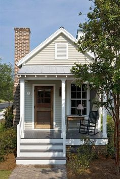 232 Shelby Road - Traditional - Exterior - Our Town Plans Cottage House Plans, Small House Plans, Cottage Homes, House Floor Plans, Shotgun House Plans, Old House Design, Exterior Tradicional, House Front Porch, Small Cottages