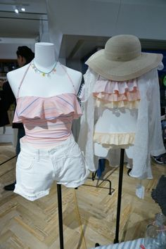 【2014年夏 ガールズトレンド】今年着たい水着は、セクシーで安定感のあるバンドゥビキニ | BRAND TOPICS | FASHION | WWD JAPAN.COM