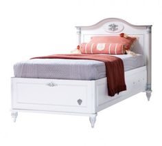 Girls white bedroom furniture add in a beautiful and serene theme. Kids bed with storage function designed in white theme injects serenity and organizational skills to a growing child's room. Wooden Bed With Storage, Single Beds With Storage, Kids Beds With Storage, Platform Bed With Storage, Bed Frame With Storage, White Queen Bed Frame, High Bed Frame, Malm Bed Frame, Ikea Hemnes Bed