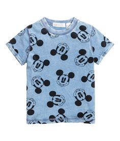 Washed-look T-shirt - Blue/Mickey Mouse - Kids Fashion Kids, Baby Boy Fashion, Boys T Shirts, T Shirts For Women, Mother Daughter Matching Outfits, Look T Shirt, H&m Kids, Disney Outfits, Baby Boy Outfits
