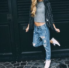 Boyfriend jeans with flannel and crop top