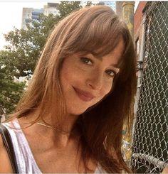 Selfie is my life 😋💗 Source by epifaniadossant Dakota Style, Dakota Johnson Style, Dakota Mayi Johnson, Dye My Hair, New Hair, Dakota Jones, Long Hair With Bangs, Hairspray, About Hair