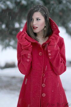 (KO) Red coat. Beautiful!