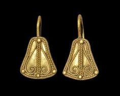 Greek Gold Filigree Earrings, 3rd-2nd century BC
