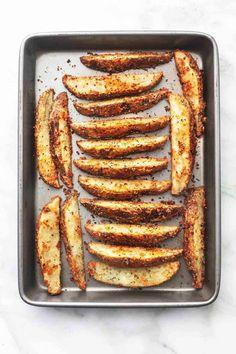 Baked Garlic Parmesan Potato Wedges | Creme De La Crumb Parmesan Garlic Potato Wedges, Parmesan Crusted Potatoes, Seasoned Potato Wedges, Potato Wedges Baked, Seasoned Potatoes, Baked Potato, Oven Potatoes, Russet Potatoes, White Potatoes