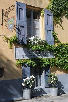 """Restaurant """"La maison de Solveig"""" à Saignon...est-ce mieux que la maison de Solvej ? Il faudra que j'aille voir"""