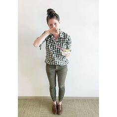 When you're trying your best to wear your new fall clothes, but it's still super hot 🌲 Lightweight oversized gingham boy shirt in forest pine, toothpick cords and oxfords from @jcrew 🍦 #howtojcrew #ootd #aotd #wednesday #humpday #froyo