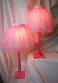 TUTU LAMPS for my nipote! thrift store lamps cleaned up and spray painted bright pink. thrift store lamp shades taken apart, cleaned painted bright pink, new pattern made (interior & exterior) in lig