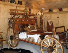 West Beds - The -Wagon West Beds - The - Lone Star Bed Chuck Wagon Woodworking Plan. Real antique wagons barn finds right out of American history Western wagon Beds, Handmade In America Since 1913 Rustic Western Home Decor Cowgirl Bedroom, Western Bedroom Decor, Western Rooms, Western Bedding, Rustic Bedrooms, Country Bedrooms, Western Style, Western Tack, Western Theme