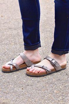 5b5d1190af34 Toe Strap Bork Slide On Sandals Leather Look  Pewter . TFL