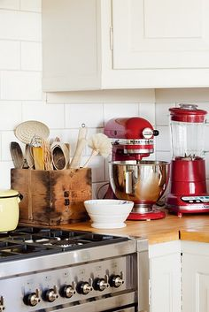 9 best red mixers images kitchens red kitchen aid colors rh pinterest ca