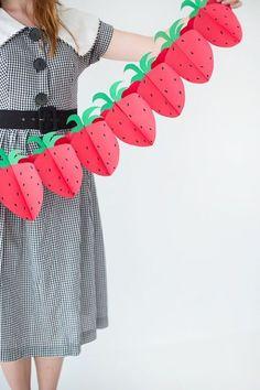 DIY Foldable Paper Strawberry Garland | Studio DIY®