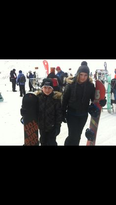 Kids learning to snowboard at Queenstown 2012
