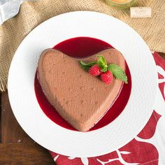 Chocolate Coeur a la Creme #SundaySupper #GalloFamily | The quintessential Valentine's Day dessert!