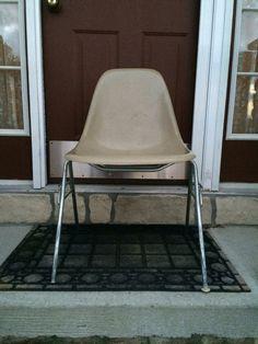 Herman Miller Eames Shell Chair in Tan Fiberglass