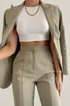 Glamouröse Outfits, Cute Casual Outfits, Stylish Outfits, Spring Outfits, Fashion Outfits, Formal Outfits, Winter Outfits, Classy Outfits For Women, Easy Outfits