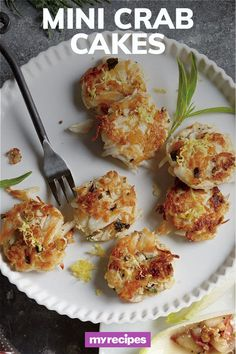 Crab Cake Recipes, Fish Recipes, Seafood Recipes, Appetizer Recipes, Cooking Recipes, Healthy Recipes, Mini Crab Cakes, Tapas, Seafood Dinner