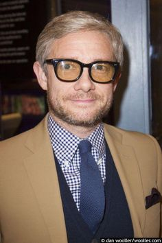 "falson2: "" Dan Wooller@danwooller #sherlock star Martin Freeman is in @TickingPlay - loving the glasses, more pictures later at http://wooller.com 2015 10 12 """