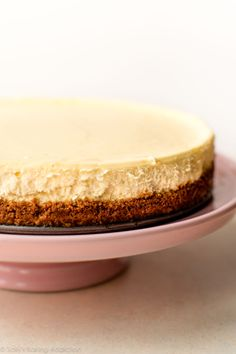Look no further for a creamy classic cheesecake recipe! Paired with a buttery graham cracker crust, no one can deny its simple decadence. For the best results, bake in a water bath. Cheesecake Recipe No Water Bath, Best No Bake Cheesecake, Basic Cheesecake, Easy Cheesecake Recipes, Dessert Recipes, Chocolate Cheesecake, Paleo, Keto, Just Desserts