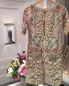 Elan Sunday Times - waff life photos and shared Pakistani Formal Dresses, Pakistani Wedding Outfits, Pakistani Dress Design, Bridal Outfits, Indian Dresses, Indian Outfits, Bordado Floral, Pakistani Couture, Desi Clothes