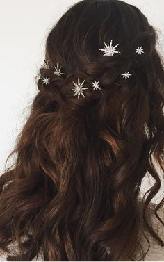 Aurora Set Of 2 Crystal Star Bobby Pins Crown and Glory SilkFred Wedding Hair And Makeup, Wedding Hair Accessories, Hair Makeup, Hair Wedding, Wedding Hair Jewelry, Bridal Hair Pins, Boho Wedding, Hair Inspo, Vintage Hairstyles