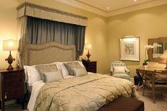 The Monarch - Bedroom