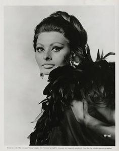 Sophia Loren by Avedon