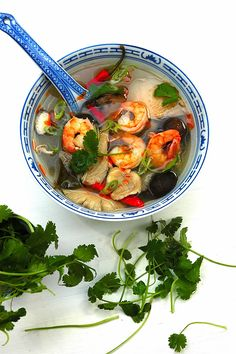 Authentic Thai food - Tom Yum Goong | My Easy Cooking