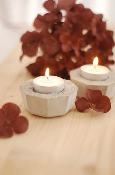 Contemporary set of 2 tealight candle holders made out of concrete. £7.50, via Etsy.