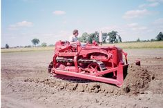 Red International Harvester T 4 With Bucyrus Erie Bulldozer Blade
