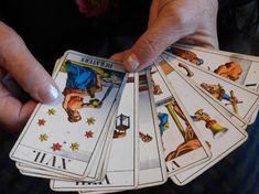 Mulţumiri din Italia şi Spania pentru vrăjitoarea Brăţara   Vrajitoare Online Cel mai mare Portal de Vrajitoare din Romania Mai, Portal, Playing Cards, Gatos, Playing Card Games, Game Cards, Playing Card