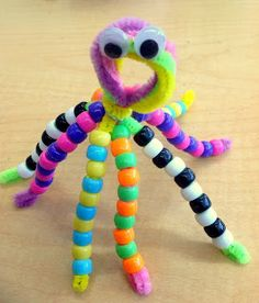 Traveling, Teaching, Cooking, Creating: O is for octopus fine motor skills craft for ocean theme. Preschool Crafts, Fun Crafts, Crafts For Kids, Ocean Crafts For Teens, Octopus Crafts, Dinosaur Crafts, Pipe Cleaner Crafts, Pipe Cleaners, Art And Craft Videos