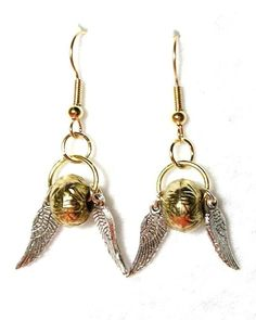 Harry Potter Golden Snitch Earrings: I know so many people who would love these