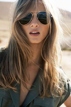 Men look good in aviators. But women look great in them.
