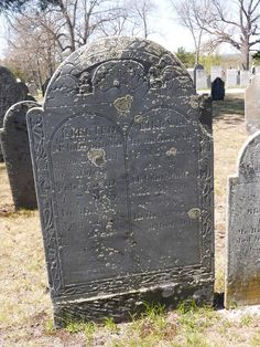 Nutfield Genealogy: Tombstone Tuesday ~ John and Mary (Hogg) Stinson, buried in Derry, New Hampshire #genealogy