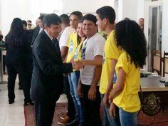 BLOG DO JOSÉ BONIFÁCIO: Estudante de Alto Parnaíba se destaca e recebe prê...