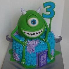 Bolos decorados do filme Monsters  - http://www.boloaniversario.com/bolos-decorados-do-filme-monsters/