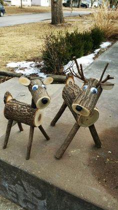 Xtra große Log Hirsche … 40 plus lbs.site Xtra big log deer … 40 plus lbs. Wood Log Crafts, Christmas Wood Crafts, Outdoor Christmas, Christmas Projects, Holiday Crafts, Christmas Ornaments, Christmas Porch, Reindeer Christmas, Rustic Christmas