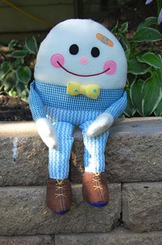 sat on a wall.       Humpty Dumpty had a great fall.      Whoops.            Couldn't put Humpty together again.     We can, though.    ...