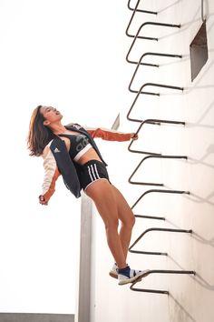 Nghĩ về Hana Giang Anh, người ta thường hình dung đến thân hình săn chắc, quyến rũ cùng những chia sẻ tỉ mỉ của cô về các bài tập thể dục đem lại vóc dáng hoàn hảo. Nhưng để có được sự nghiệp đáng ngưỡng mộ như tại, Hana Giang Anh đã làm gì để cân bằng cuộc sống của mình? Elle Fitness, Hana, Feel Better, Looks Great, Wellness, Running, Keep Running, Why I Run