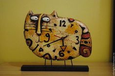 Часы настольные ручной работы `Кот Потап`. Автор Николай Попов.