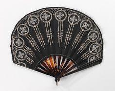 Fan Made Of Tortoiseshell, Silk, Beads And Rhinestones - French c.1900-1915 - The Metropolitan Museum Of Art