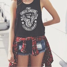 Fashion. ✌️ Follow.