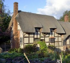 View of Anne Hathaway's Cottage in Shottery near Stratford uponAvon