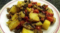 Ελληνικές συνταγές για νόστιμο, υγιεινό και οικονομικό φαγητό. Δοκιμάστε τες όλες Snack Recipes, Healthy Recipes, Snacks, Healthy Meals, Weight Watchers Meals, Greek Recipes, Pot Roast, Potato Salad, Sweet Home