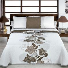 Designer Bed Sheets, Luxury Bed Sheets, Luxury Bedding, Modern Bedroom Decor, Room Ideas Bedroom, Master Bedroom Design, Discount Bedroom Furniture, Couple Room, Embroidered Bedding