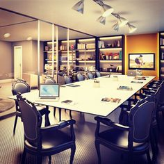 Projeto Corporativo Camila Klein Arquitetura + Interiores - Aliando design eficiente e cuidado com os detalhes, os ambientes melhoram experiências cotidianas. #design #interior #corporate